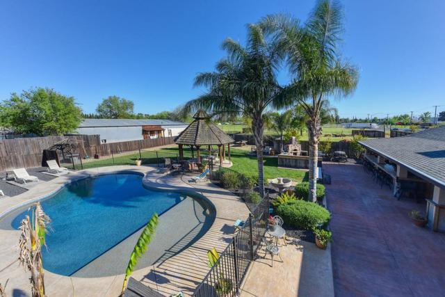 6440 Dry Creek Road, Rio Linda, CA 95673 (MLS #18025459) :: Keller Williams - Rachel Adams Group