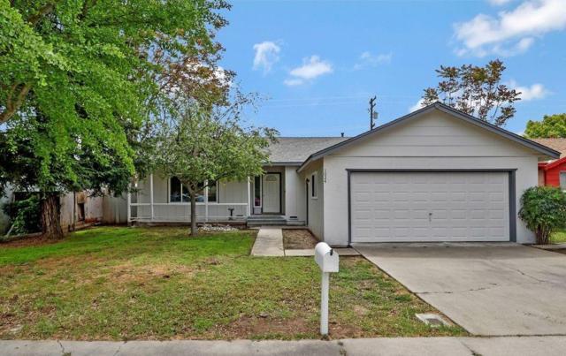 1024 Merton Avenue, Modesto, CA 95351 (MLS #18026021) :: The Del Real Group