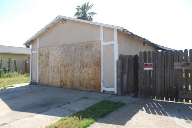 809 Musick Avenue, Modesto, CA 95351 (MLS #18026110) :: Keller Williams - Rachel Adams Group