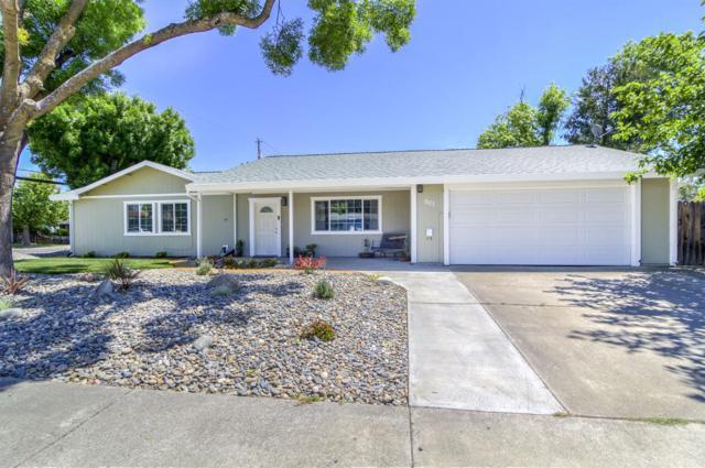 901 Deborah Street, Woodland, CA 95776 (MLS #18027302) :: The Merlino Home Team