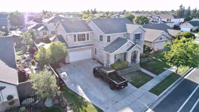 5625 Squire Wells Way, Riverbank, CA 95367 (MLS #18030769) :: The Del Real Group