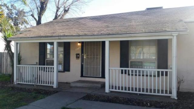 1320 W Roseburg Avenue, Modesto, CA 95350 (MLS #18031119) :: The Del Real Group