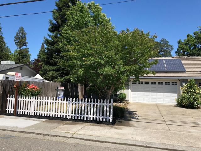 2604 Walnut Avenue, Carmichael, CA 95608 (MLS #18031288) :: The Merlino Home Team