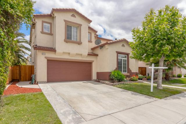 2112 Photinia Drive, Tracy, CA 95376 (MLS #18032296) :: The Del Real Group