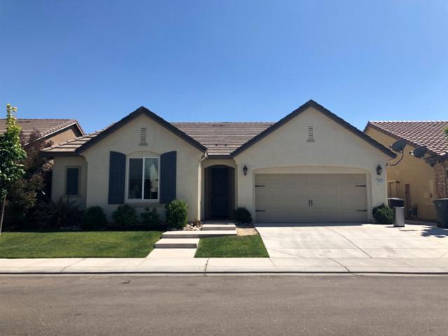 2872 Westport Circle, Oakdale, CA 95361 (MLS #18032670) :: The Del Real Group