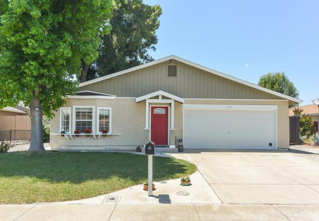 1075 Almond Blossom Drive, Tracy, CA 95376 (MLS #18033488) :: Heidi Phong Real Estate Team