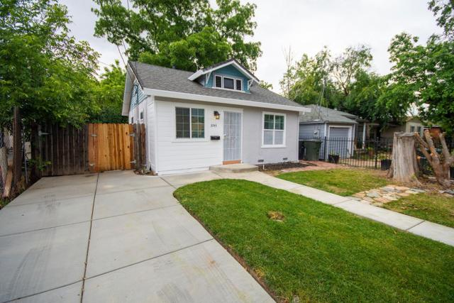 3745 36th Street, Sacramento, CA 95820 (MLS #18035030) :: Dominic Brandon and Team