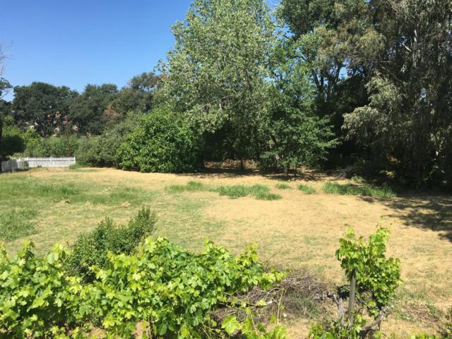 822 La Contenta, Valley Springs, CA 95252 (MLS #18036236) :: Team Ostrode Properties