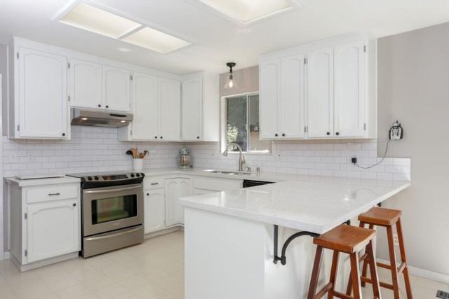 5800 Polaris Way, Foresthill, CA 95631 (MLS #18036271) :: Team Ostrode Properties