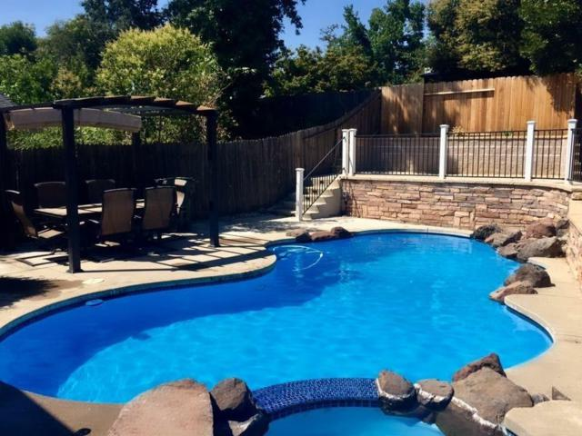 7913 Coral Oak Way, Citrus Heights, CA 95610 (MLS #18039321) :: NewVision Realty Group