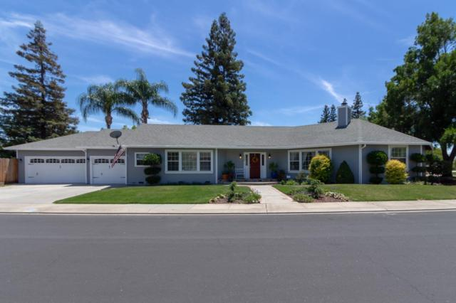 2400 River Cliff Way, Riverbank, CA 95367 (MLS #18041467) :: The Del Real Group