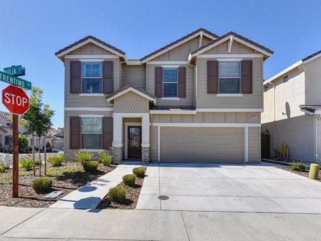 9201 Rioja, Roseville, CA 95747 (MLS #18041803) :: Keller Williams Realty