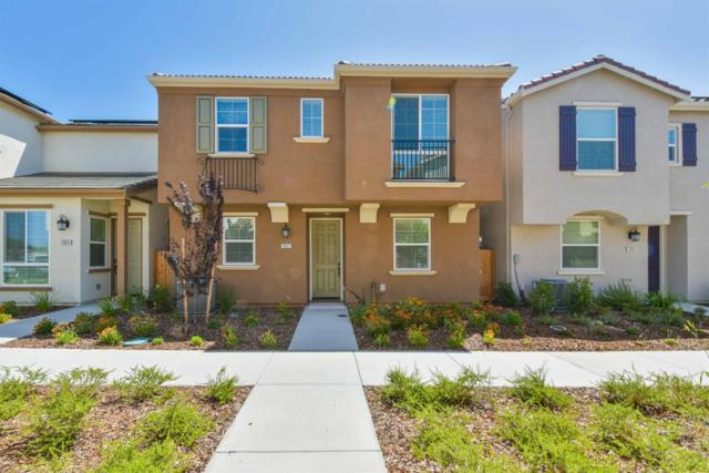 7827 Brizio Walk, Sacramento, CA 95823 (MLS #18045217) :: Heidi Phong Real Estate Team