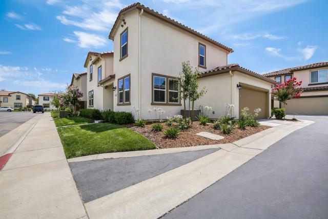 6436 Brando Loop, Fair Oaks, CA 95628 (MLS #18046956) :: Thrive Real Estate Folsom
