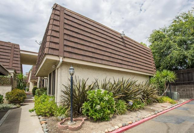 4486 San Juan Avenue, Fair Oaks, CA 95628 (MLS #18048053) :: Thrive Real Estate Folsom