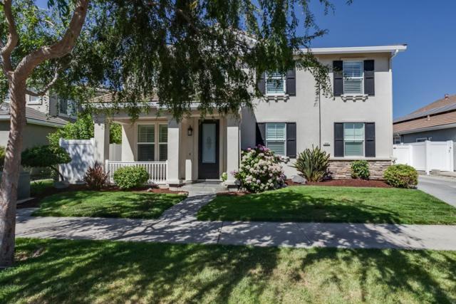 556 Buckaroo Court, Oakdale, CA 95361 (MLS #18056069) :: The Del Real Group