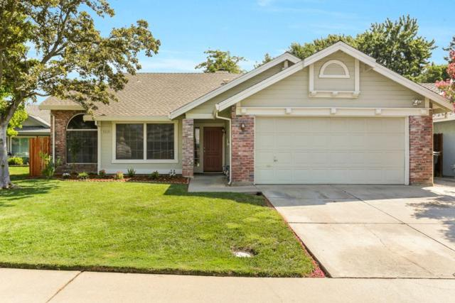 9231 Terraza Court, Elk Grove, CA 95758 (MLS #18056483) :: Keller Williams Realty - The Cowan Team