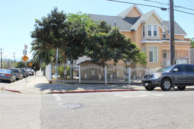 2337 21st Ave, Oakland, CA 94606 (MLS #18057972) :: The MacDonald Group at PMZ Real Estate