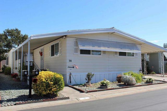 38 Calle Susana, Elk Grove, CA 95624 (#18063006) :: Windermere Hulsey & Associates