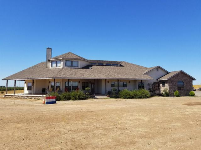 15591 26 Mile Road, Oakdale, CA 95361 (MLS #18064442) :: The Del Real Group