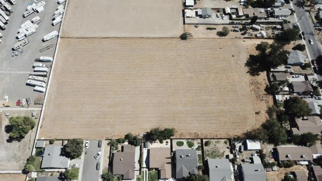 1947 Hackett Road, Ceres, CA 95307 (MLS #18064965) :: Dominic Brandon and Team