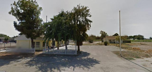 5689 S Elm Avenue, Fresno, CA 93706 (MLS #18065446) :: The Del Real Group