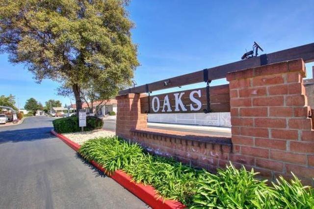 42 Calle Linda, Elk Grove, CA 95624 (MLS #18065893) :: Heidi Phong Real Estate Team