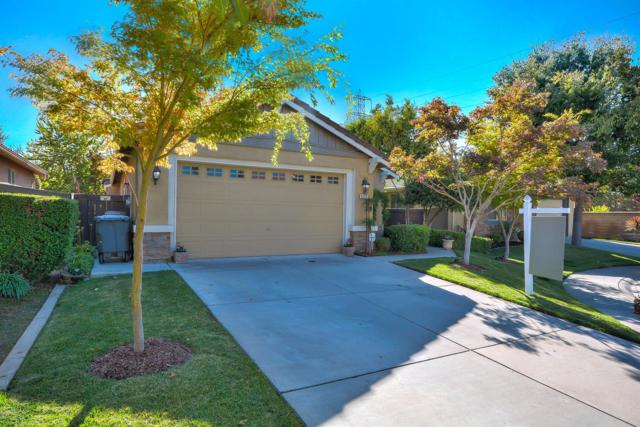 3216 Aurelia Court, Elk Grove, CA 95757 (MLS #18066781) :: The Del Real Group