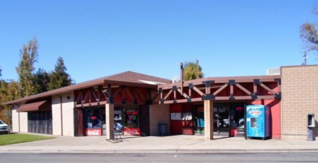 105-107 2nd Street, Isleton, CA 95641 (MLS #18071138) :: The Merlino Home Team