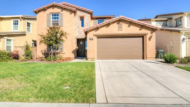 8329 La Cruz Way, Elk Grove, CA 95757 (MLS #18071730) :: The Del Real Group