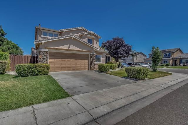 1592 Purple Martin Lane, Manteca, CA 95337 (MLS #18072588) :: The Merlino Home Team