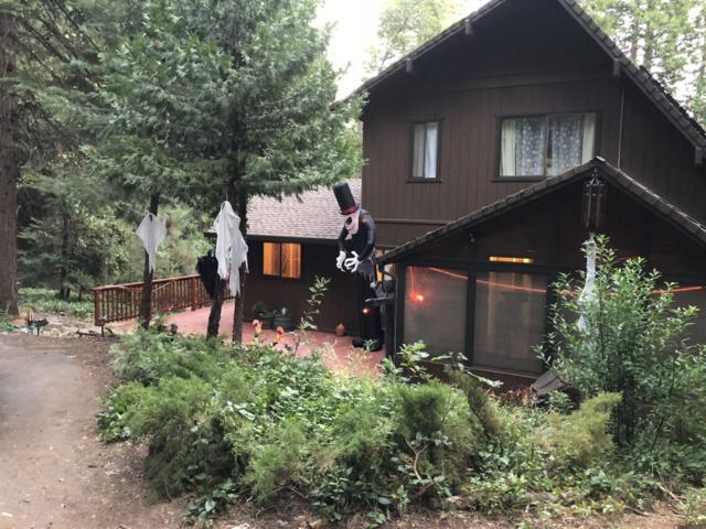 4425 Lakeridge Drive, Pollock Pines, CA 95726 (MLS #18072758) :: The Merlino Home Team