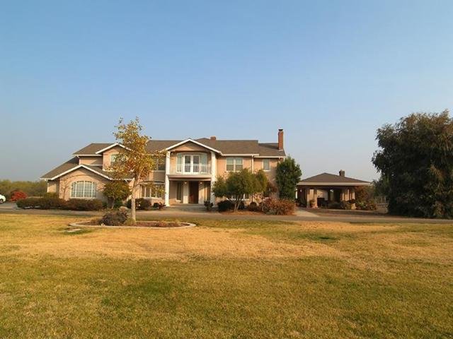 950 Pleasant Avenue, Waterford, CA 95386 (MLS #18077993) :: Heidi Phong Real Estate Team