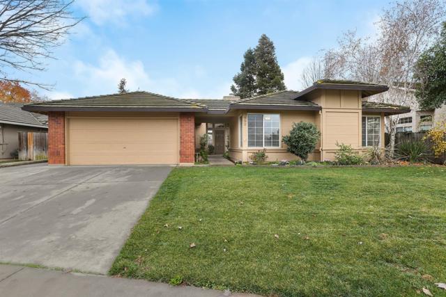 952 Colson Way, Galt, CA 95632 (MLS #18079506) :: The MacDonald Group at PMZ Real Estate