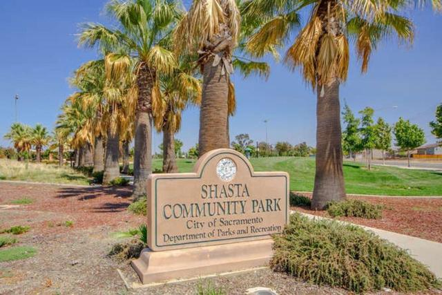 16 Sharlo Court, Elk Grove, CA 95758 (MLS #18079715) :: Dominic Brandon and Team