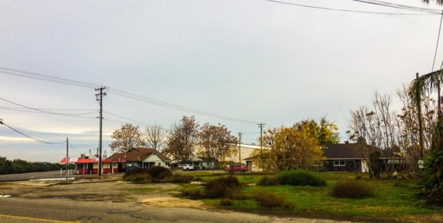 2230 Santa Fe Avenue, Hughson, CA 95326 (MLS #18080016) :: The Del Real Group