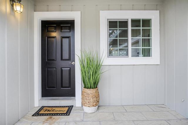 16817 Lena Ct, Grass Valley, CA 95949 (MLS #18080085) :: The MacDonald Group at PMZ Real Estate