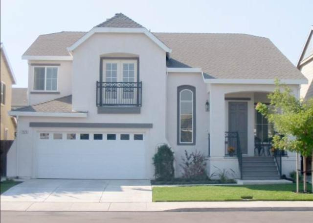 1076 Dahlia Court, Tracy, CA 95304 (MLS #18080372) :: The MacDonald Group at PMZ Real Estate