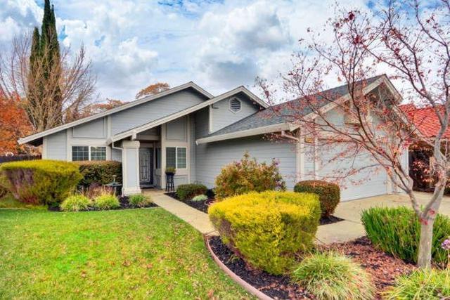 1327 Foxboro, Sacramento, CA 95833 (MLS #18080757) :: Keller Williams - Rachel Adams Group