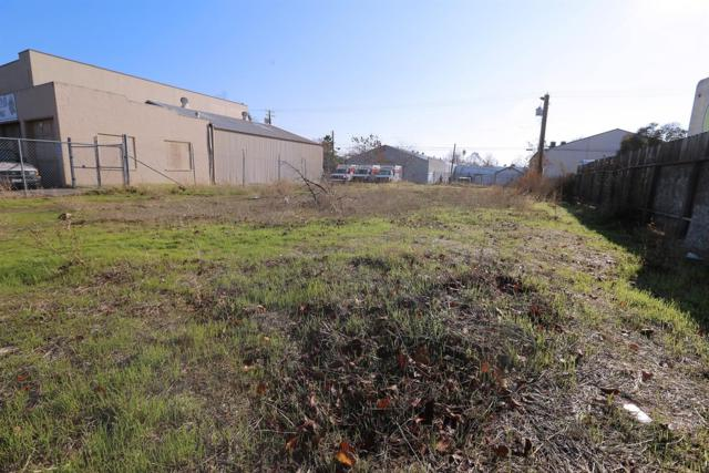 2562 Rio Linda Boulevard, Sacramento, CA 95815 (MLS #18081024) :: Keller Williams Realty - Joanie Cowan