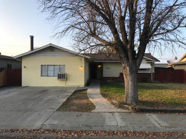 1242 Santa Cruz Way, Los Banos, CA 93635 (MLS #18081227) :: The Del Real Group
