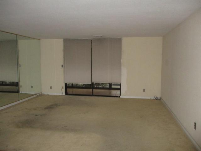 200 P Street E12, Sacramento, CA 95814 (MLS #18082634) :: Heidi Phong Real Estate Team