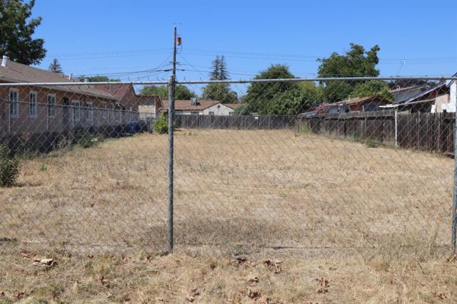 2215 19th Avenue, Sacramento, CA 95622 (MLS #19003816) :: eXp Realty - Tom Daves