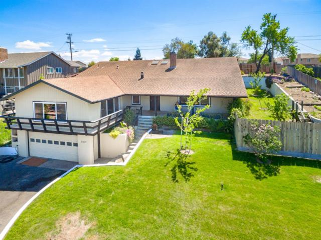 2007 Tioga Avenue, Oakdale, CA 95361 (MLS #19005713) :: The Del Real Group