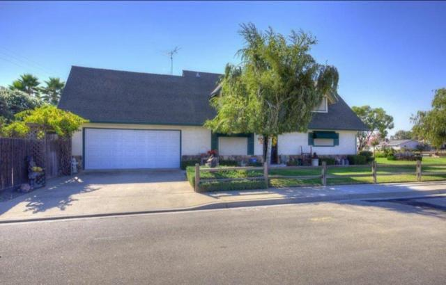 781 Cloverland Way, Oakdale, CA 95361 (MLS #19007623) :: The Del Real Group