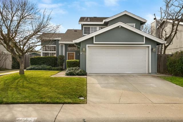 9238 Thoroughbred Way, Elk Grove, CA 95624 (MLS #19010640) :: The Del Real Group
