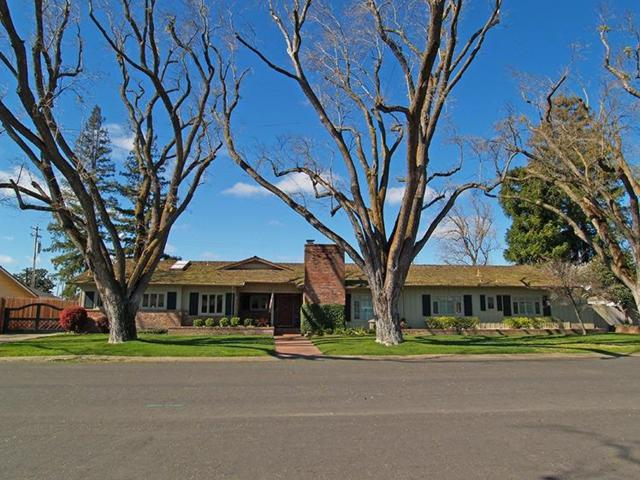 5 Barton Parkway, Oakdale, CA 95361 (MLS #19010901) :: The MacDonald Group at PMZ Real Estate
