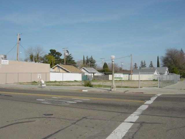 620 S Central Avenue, Lodi, CA 95240 (MLS #19011263) :: The MacDonald Group at PMZ Real Estate