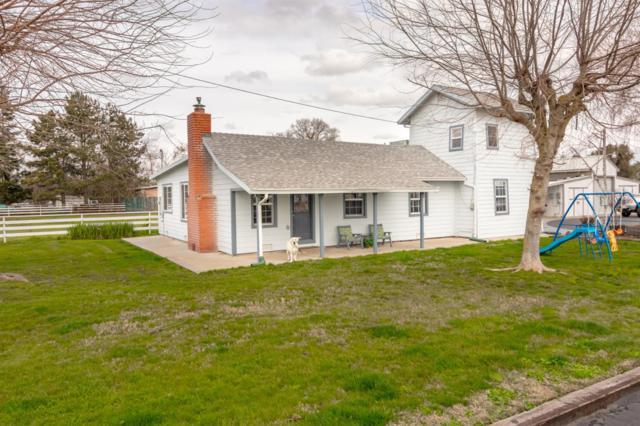 11254 Pioneer Avenue, Oakdale, CA 95361 (MLS #19013169) :: The Del Real Group