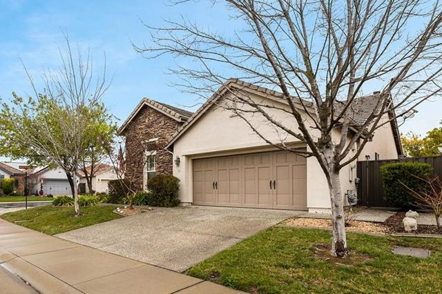 3 Station Inn Place, Sacramento, CA 95835 (MLS #19013442) :: The Del Real Group